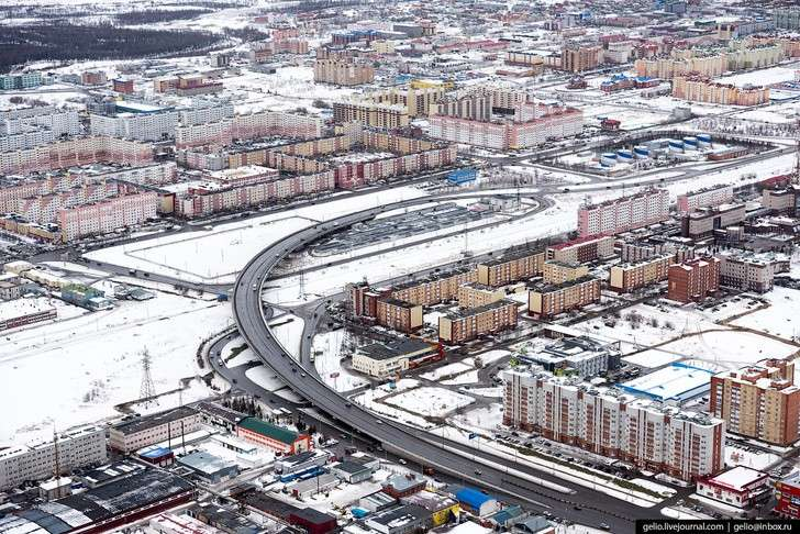 Новый Уренгой свысоты: газовая столица России