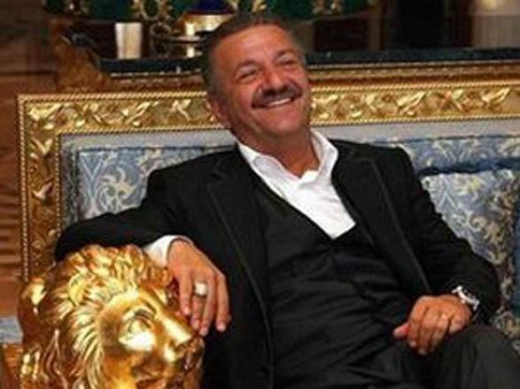 Ворюга Исмаилов попросил «политического» убежища во Франции в обмен на компромат