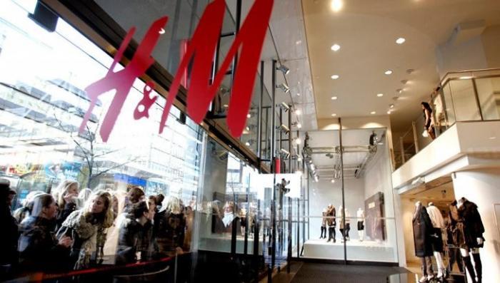 В Швеции компания H&M ежегодно сжигает десятки тонн новой одежды