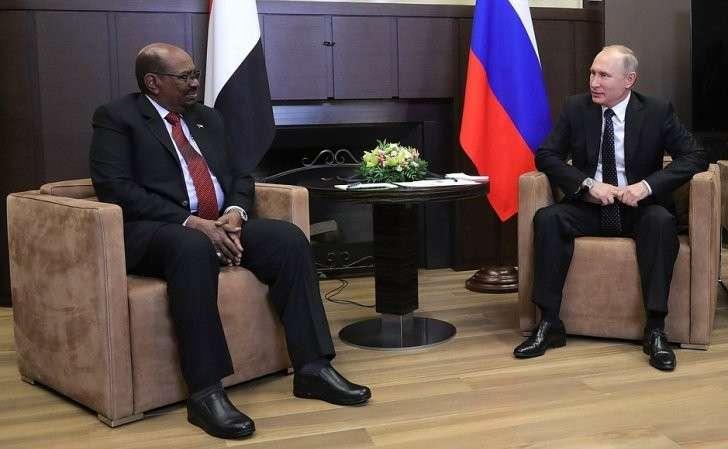 СПрезидентом Республики Судан Омаром Баширом.