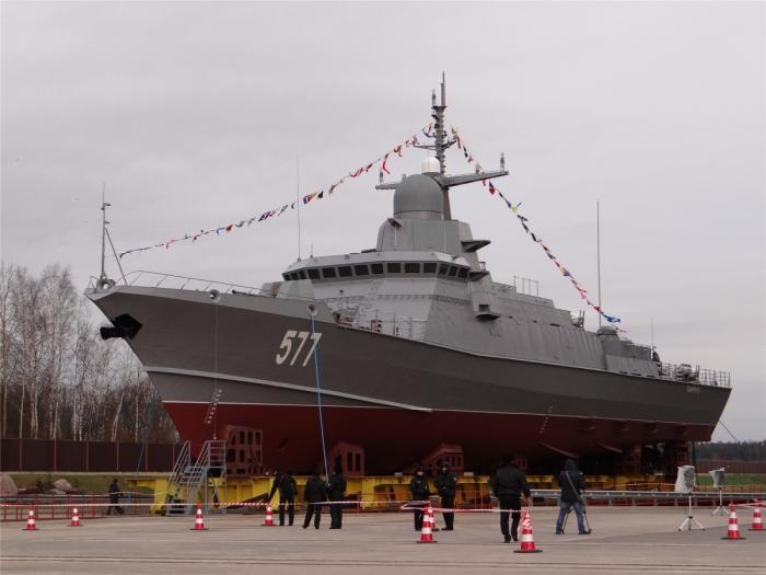 На заводе «Пелла» спущен на воду малый ракетный корабль «Тайфун»