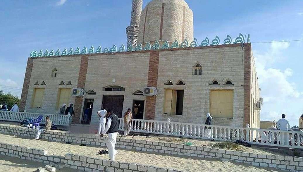 В Египте уничтожили 15 террористов, причастных к теракту в мечети на Синайском полуострове