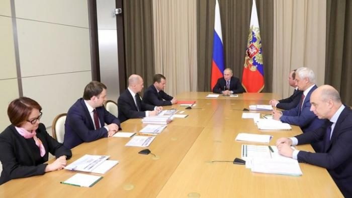 Владимир Путин в Сочи обсудил с правительством итоги года