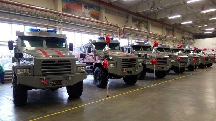 Росгвардия получила первую партию специальных бронеавтомобилей «Патруль»