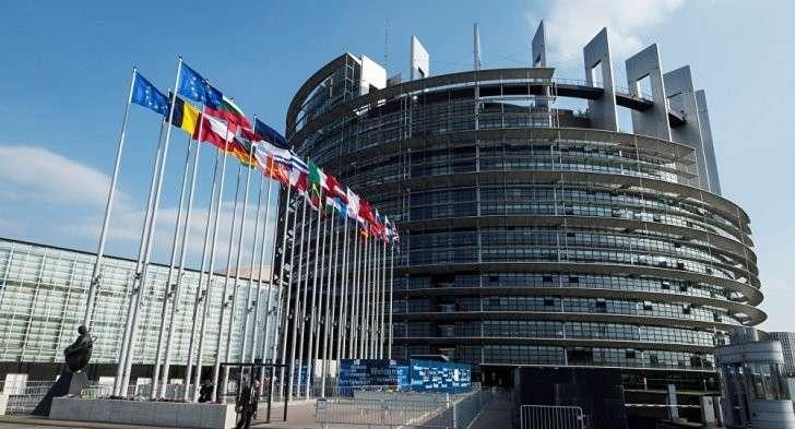 Восемь лет холодной войны ЕС против России коту под хвост