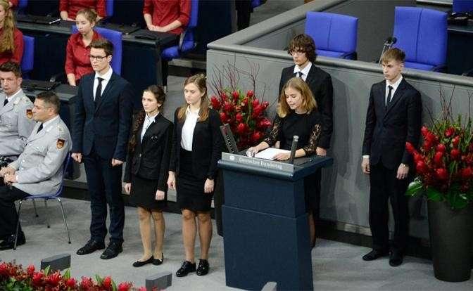 Школьники из Нового Уренгоя в бундестаге