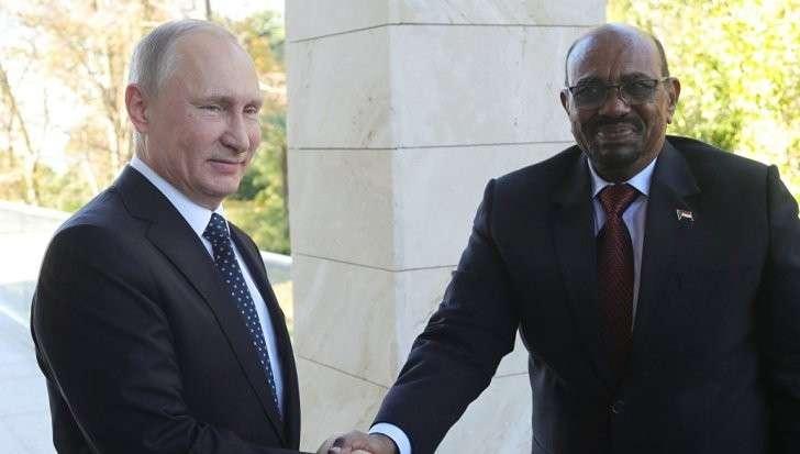 Президент Судана обсудил с Владимиром Путиным и Сергеем Шойгу создание военной базы