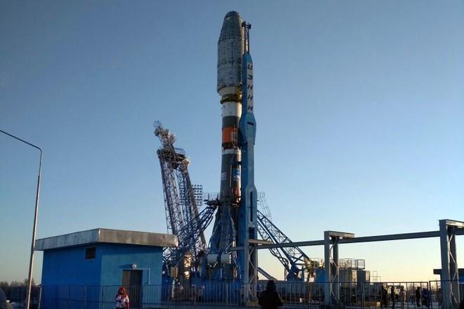 Ракету «Союз-2.1б» установили настартовый стол космодрома Восточный
