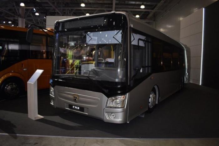 Автобус среднего класса ГАЗ Kursor на выставке Комтранс 2017
