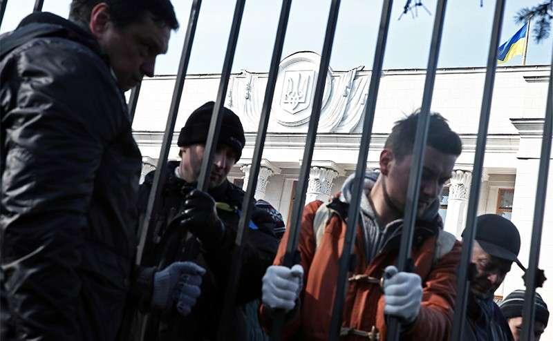 Хазары, захватившие власть на Украине, превратили её в страну проституток и бандитов