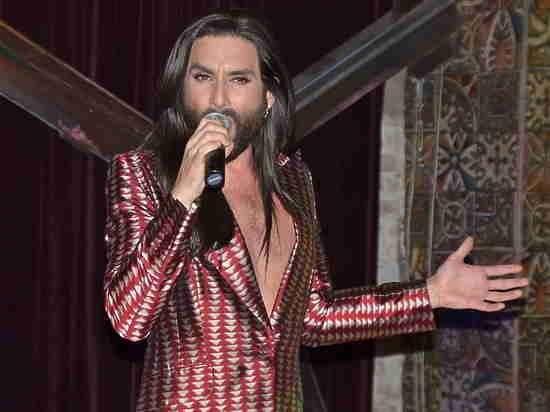 Кончита Вурст собрала аншлаг в петербургском клубе