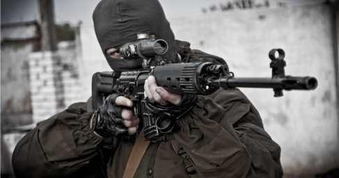ДНР и ЛНР: снайперы уничтожают карателей ВСУ в Донбассе
