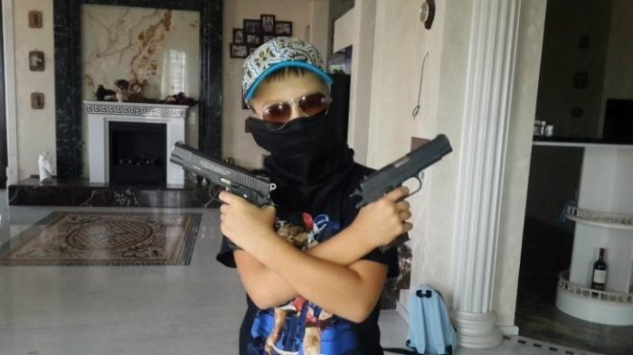 Чем ещё, кроме грабежей, заняты дети украинских нардепов
