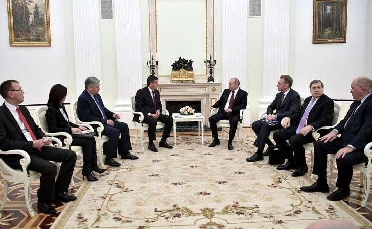 Встреча сПрезидентом Киргизской Республики Сооронбаем Жээнбековым.