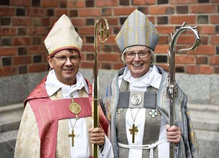 Агрессия ЛГБТ: Церковь Швеции ввела гендерный нейтралитет в отношении Бога
