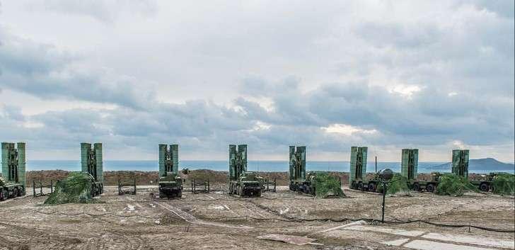 На полигоне Капустин Яр подготовили расчеты С-400 для Крыма