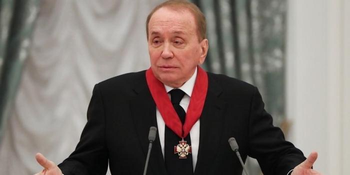 Уволили вечного ведущего КВН Александра Маслякова из-за аферы на миллиарды рублей