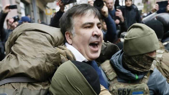 Саакашвили на крыше: бывшего одесского губернатора снова сняли
