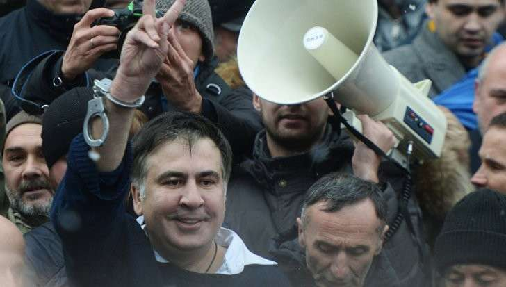 Саакашвили. От угроз прыгнуть с крыши до нового майдана. Один день из жизни клоуна