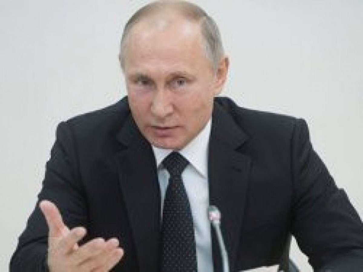 Три шага Путина к демократии: блокировка, чёрный список, видеонаблюдение