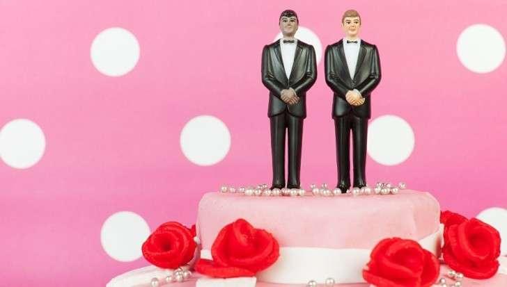 Отказавшийся печь гей-торт кондитер, при поддержке Президента, лечат США от ЛГБТ болезни