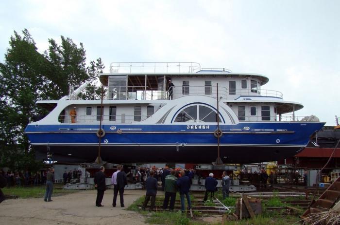Ярославские корабелы спустили на воду 39 судов за 2017 год