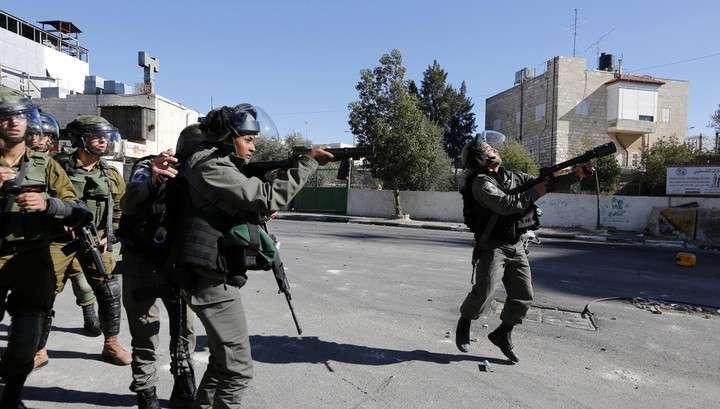 В Израиле военные бросили гранату в группу журналистов