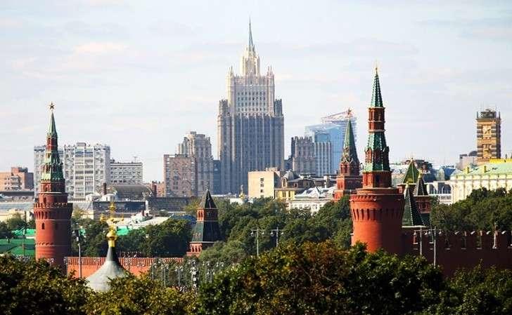 Кого из ближайших соседей любят россияне? Социологический опрос