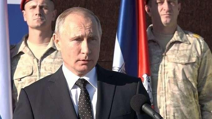 Владимир Путин посетил авиабазу Хмеймим вСирии
