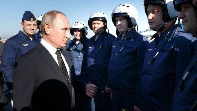 Беседа слётчиками российских ВКС набазе Хмеймим