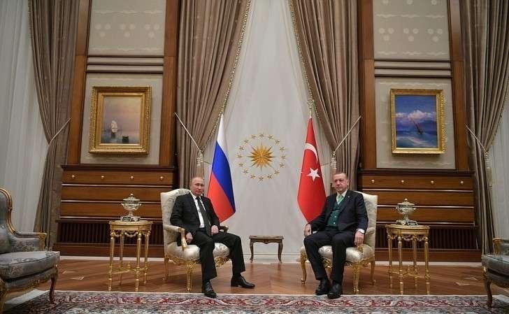 Перед началом беседы сПрезидентом Турецкой Республики Реджепом Тайипом Эрдоганом.