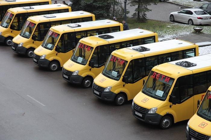 В Калининградской области школьный автопарк пополнился новыми автобусами
