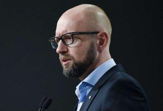 Яценюк под присягой признался в участии в перевороте на Украине в 2014 году