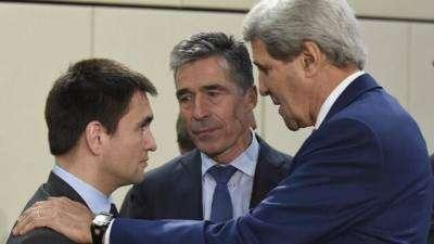 Вся политика США и НАТО в одном флаконе