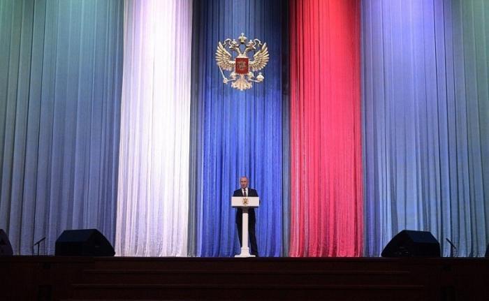 Владимир Путин выступил перед ветеранами и работниками оборонно-промышленного комплекса