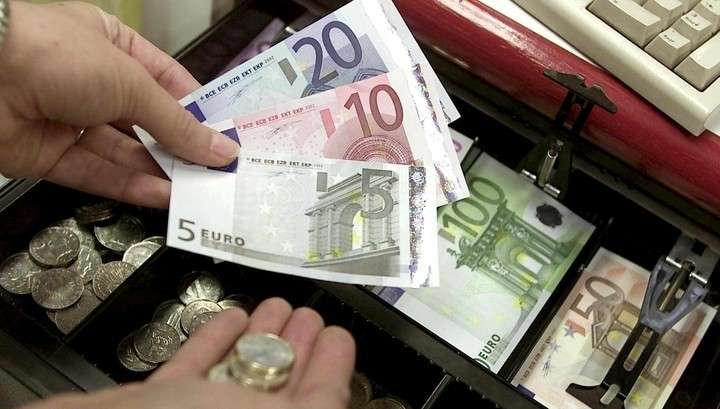 Польша, Венгрия и Чехия отказались от единой европейской валюты евро
