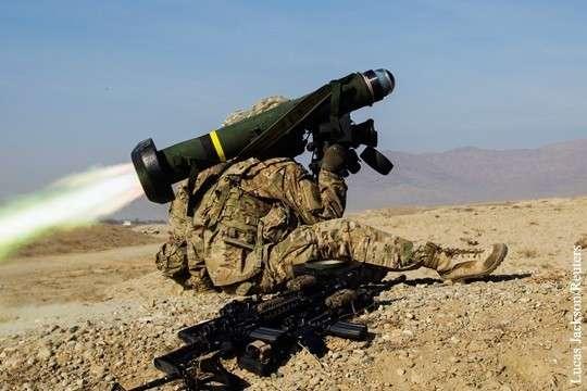 Украинцы нашли способ отправить карателям ВСУ американское оружие