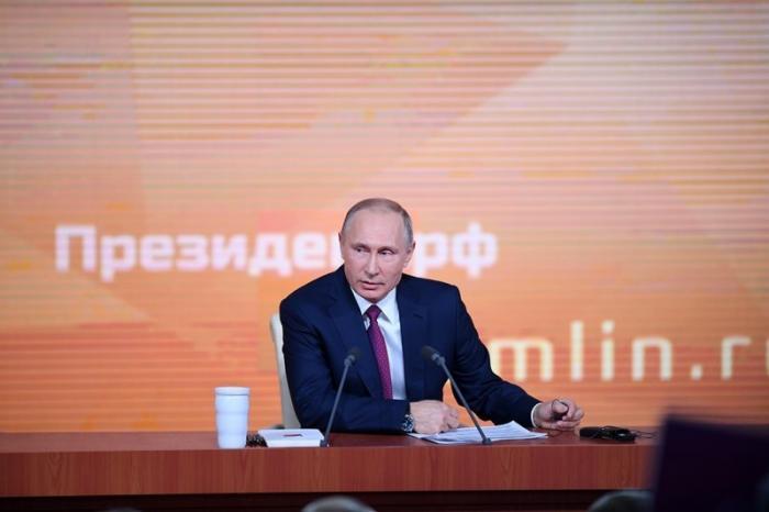Владимир Путин решил простить долги 50 млн россиян
