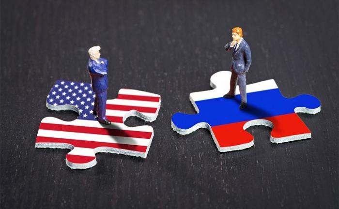 Недомытым янки унизительно разговаривать с Россией на равных