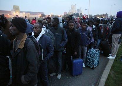 Мигранты в Европе. Приютили на свою голову