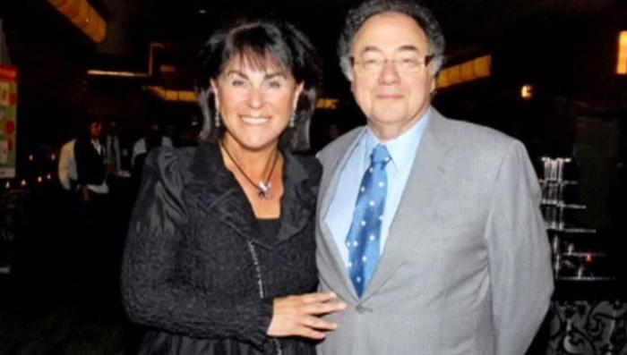 Канадского миллиардера Шермана и его супругу задушили в подвале