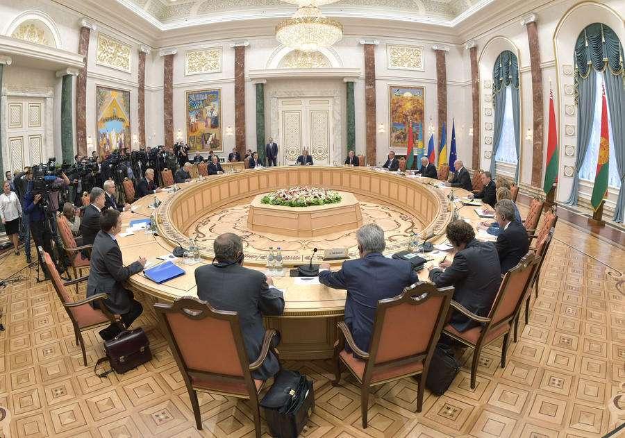 Мирный план по Украине может быть согласован сегодня в Минске