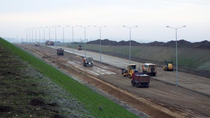 Строительство подходов к Крымскому мосту со стороны Таманского полуострова 17 декабря 2017