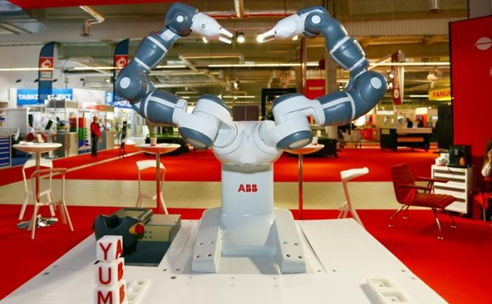 Промышленная революция: Русских Иванов зачистят «финский бульдозер» и японские роботы?