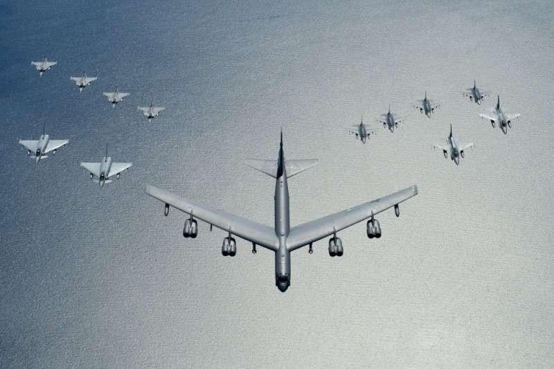 США приступили к расширению своих авиабаз в Европе