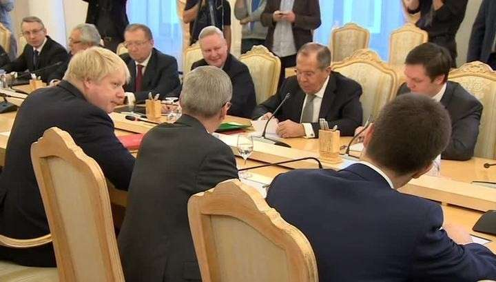 Лавров и Джонсон обсуждают в Москве