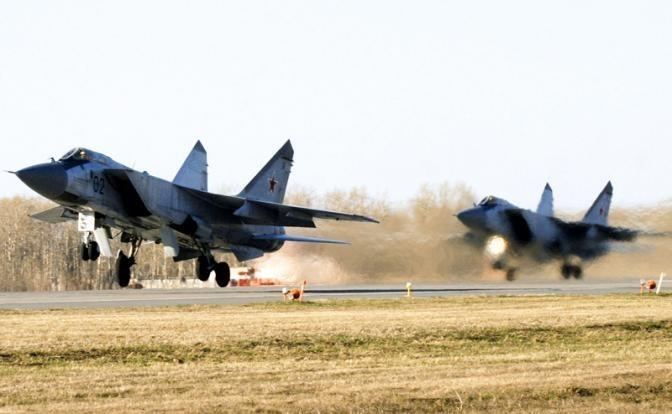 Россия выбирает между перехватчиками МиГ-31 и МиГ-41