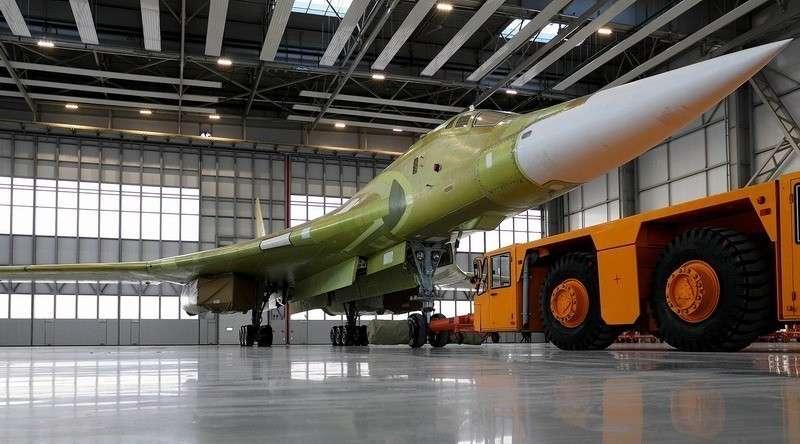 Как проходит модернизация ракетоносцев Ту-160М2 «Белый лебедь» в Казани
