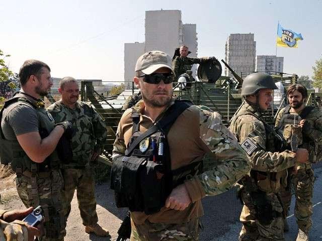 Ополчение подошло к Мариуполю: карателям предложено покинуть город