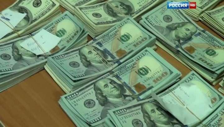 Глава собственной безопасности СК Михаил Максименко обвиняется в долларовых взятках